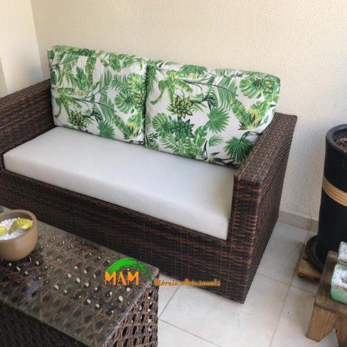 mam-moveis-ambientes-sofa-de-2-lugares-compacto-em-fibras-sinteticas-para-varandas-pequenas–atlanta