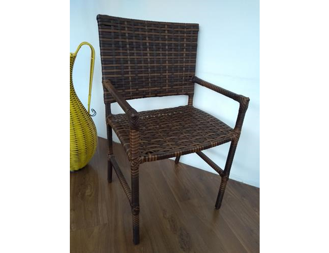 mam-moveis-cadeiras-cadeira-black-com-bracos-em-fibra-sintetica-para-varanda-e-area-externa