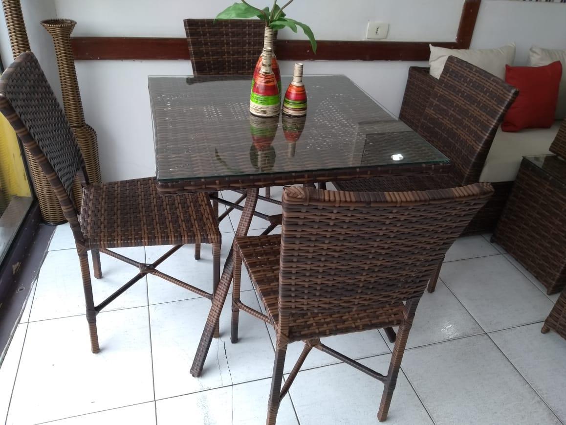 mam-moveis-cadeiras-conjunto-mesa-bella-quadrada-com-tampo-tramado-com-cadeiras-ana-maria