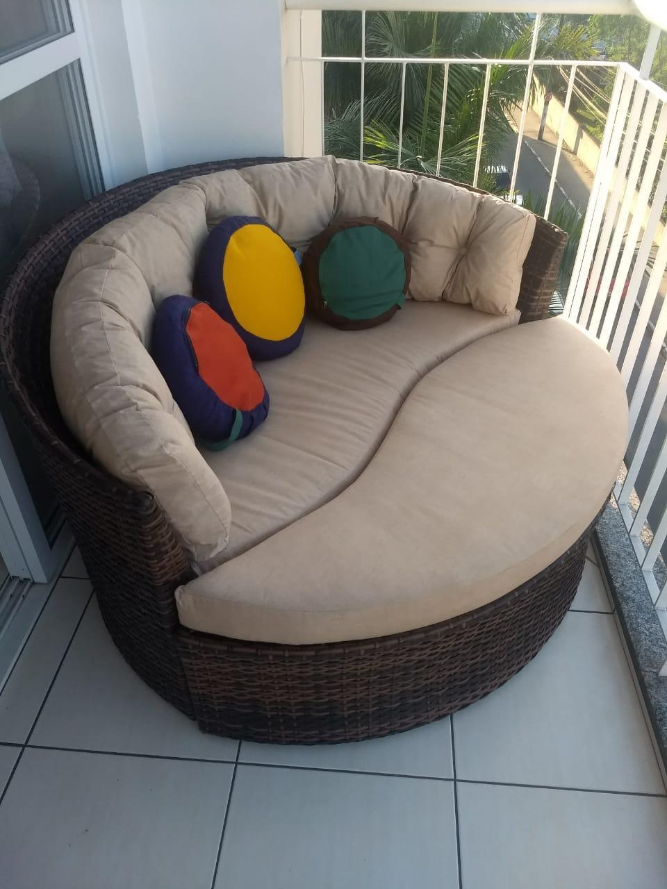 mam-moveis-chaises-chaise-folha-com-futton-decorativas-em-fibra-sintetica-para-varandas-desiree