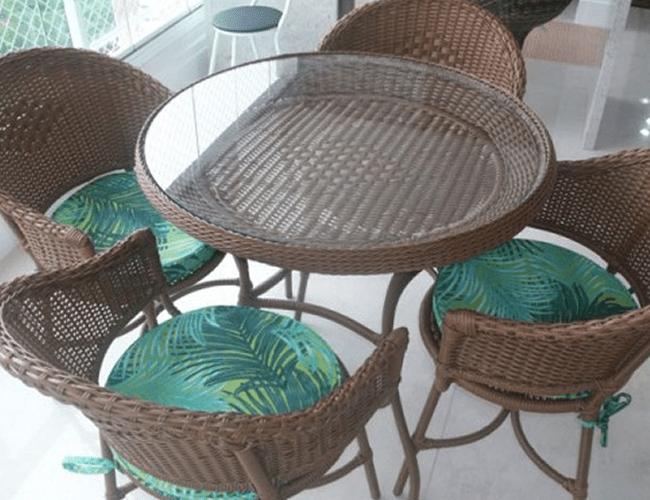 mam-moveis-conjuntos-de-mesa-conjunto de-mesa-redonda-com-4-cadeiras-em-fibra-sintetica-para-varanda-jequiti